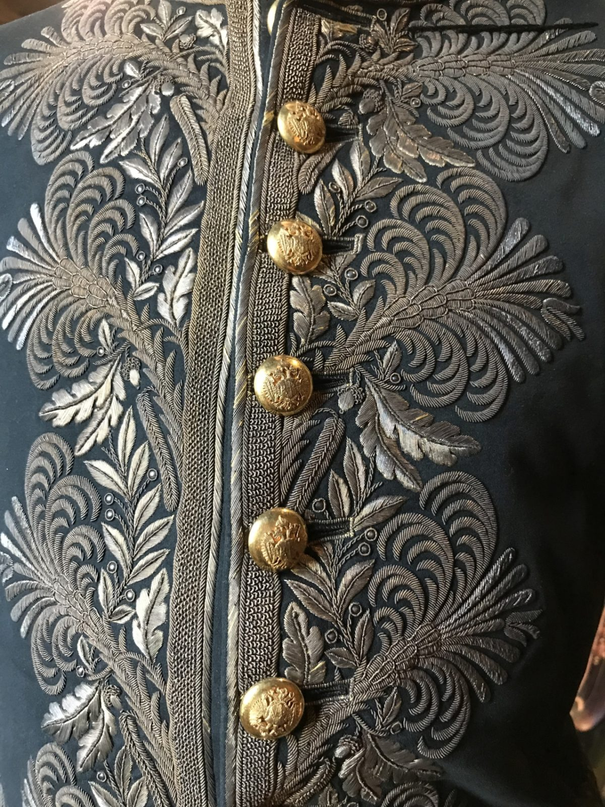 Gala-Uniform eines österreichischen Beamten aus dem 19. Jahrhundert